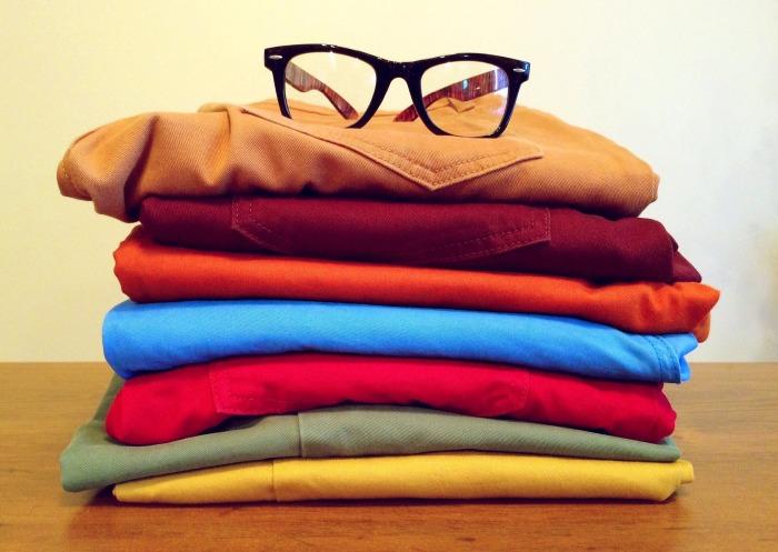 clothing-964878_1920
