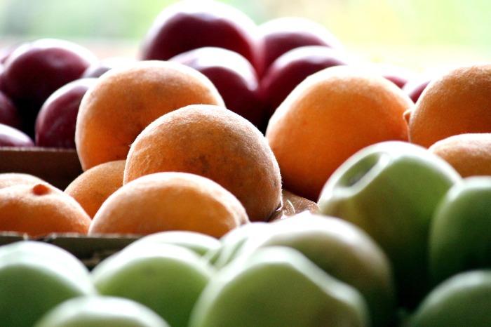 fruit-1375776_1920